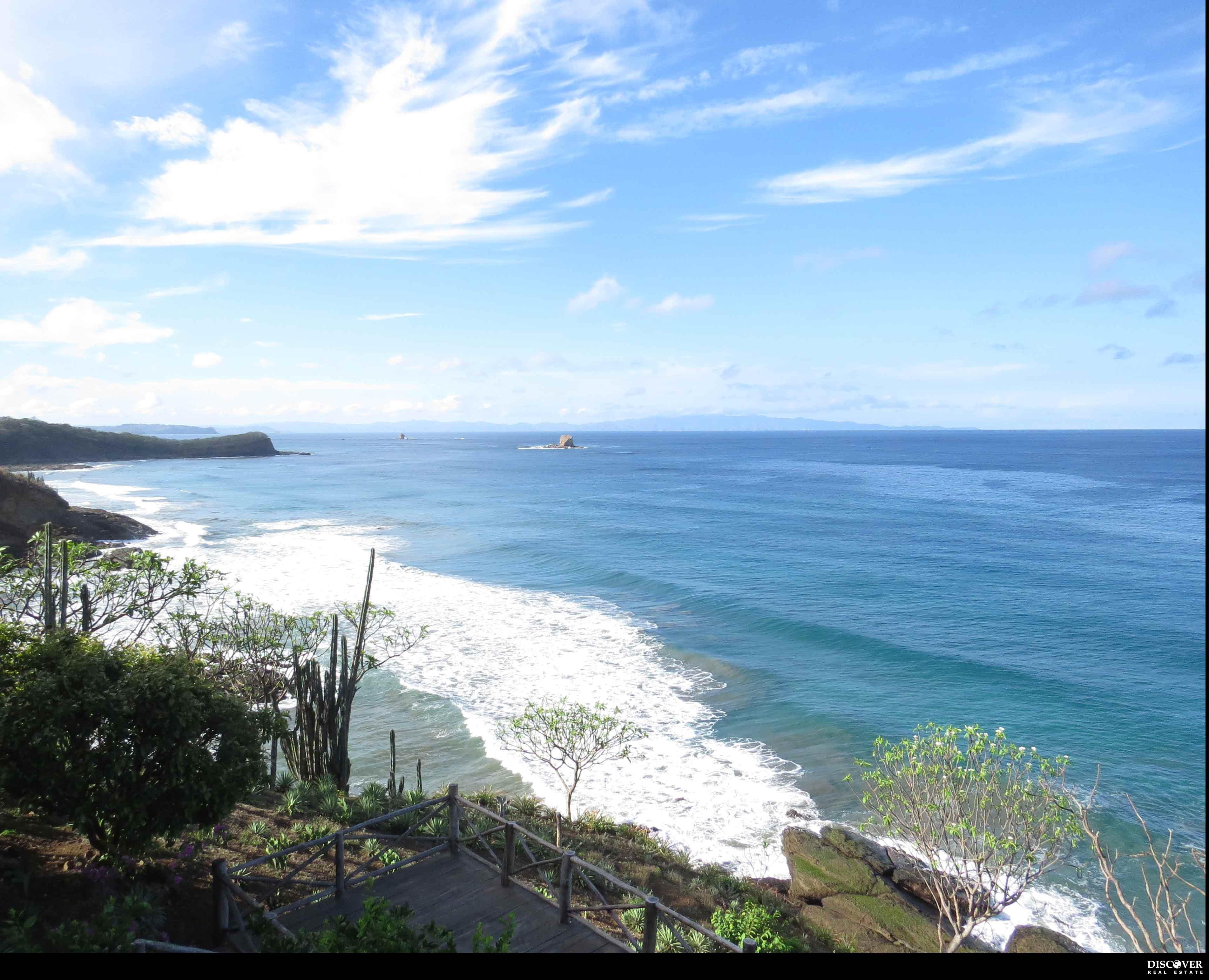 Beautiful Ocean Front Houses in Punta Diamante Playa Remanso
