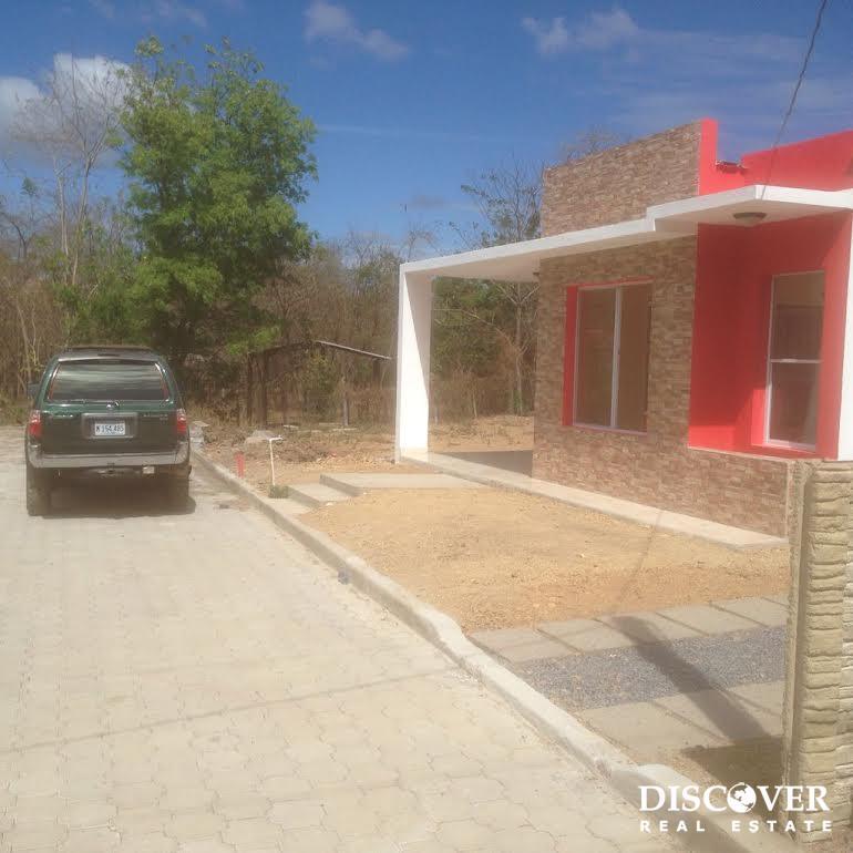 New Home (with pool) in Praderas de San Juan